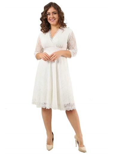 Angelino Butik Büyük Beden Likralı Dantelli Kısa Elbise KL70088 Beyaz